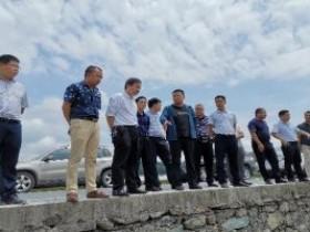 陆再义到贵州省天柱凤城街道调研指导百香果产业