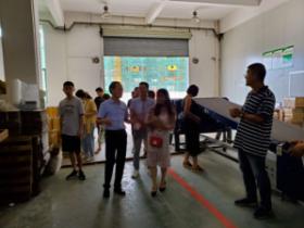 浦江商务局到桂平市参观学习百香果产业