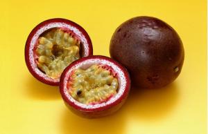 百香果表皮发霉能吃吗