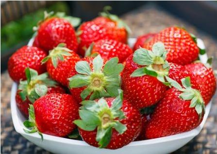 百香果和草莓能一起吃吗