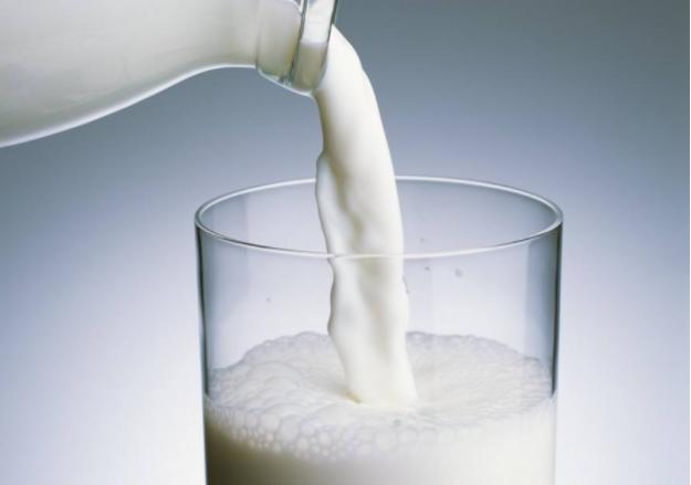 百香果可以和牛奶一起吃吗